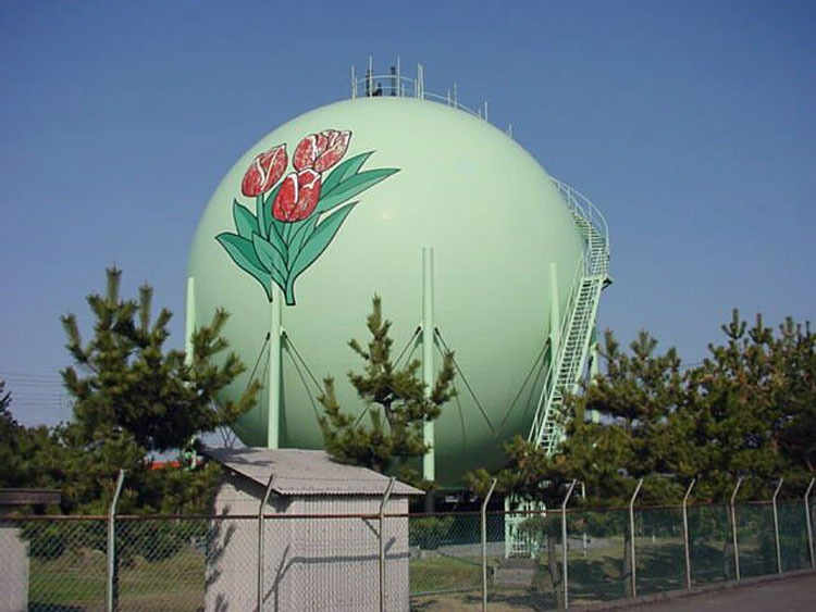 decorated-gas-tanks-japan-16