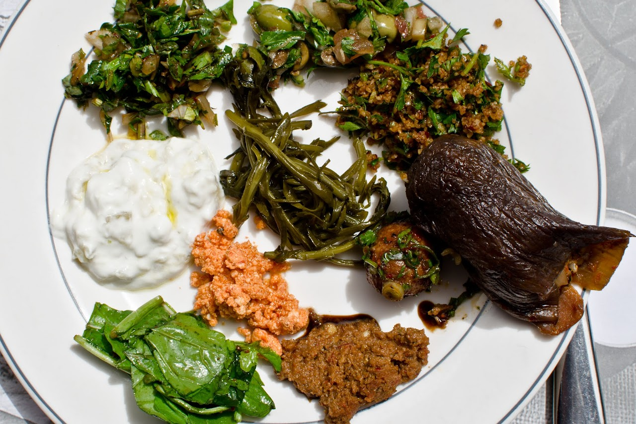 Vegetarian mezes in Turkey