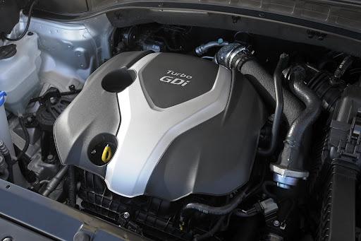 2013-Hyundai-Santa-Fe-Sport-22.jpg