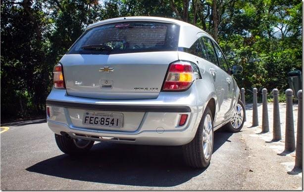 Chevrolet Agile 2014 (20)