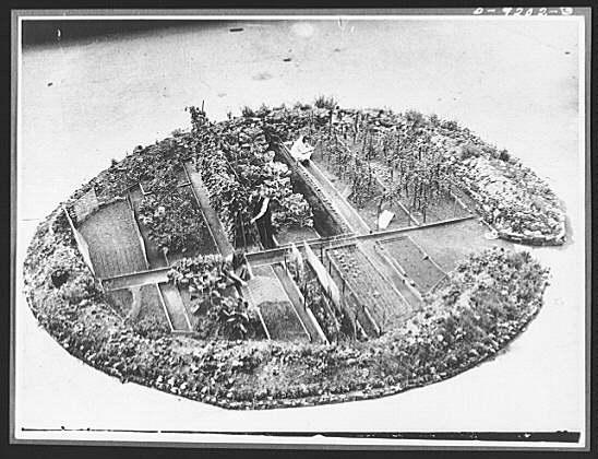 london-bomb-crater-garden.jpg