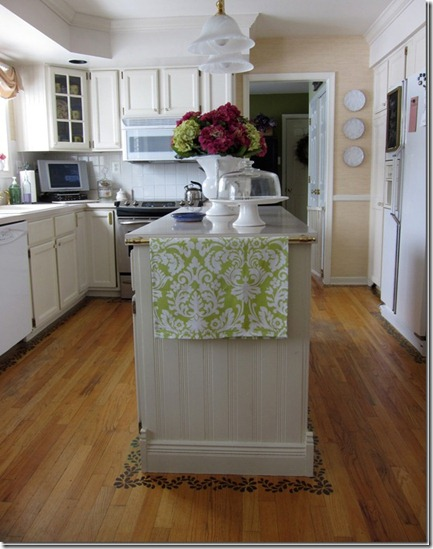 Kitchen-cabinets-painted-wi_thumb
