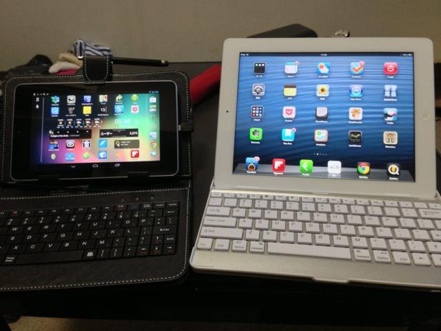 iPadのスタンドと比較