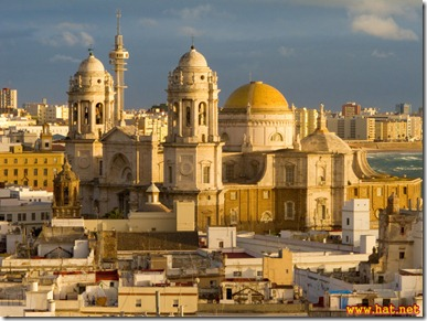 20101108174812_view--cadiz_cathedral_from_torre_tavira