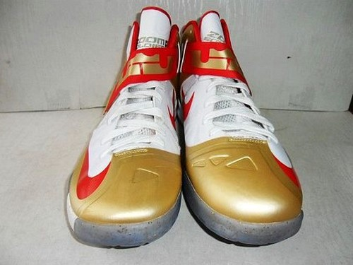 Unreleased Championship Gold Edition of Nike Zoom Soldier VI