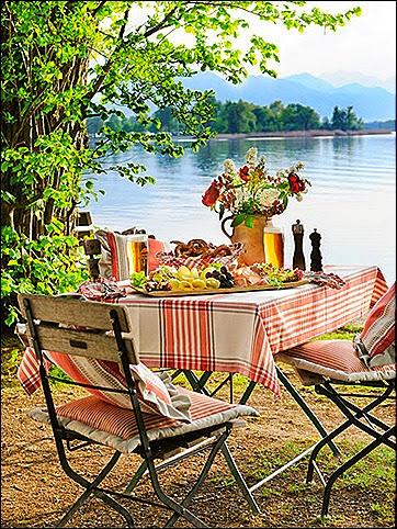 Lakeside Getaway