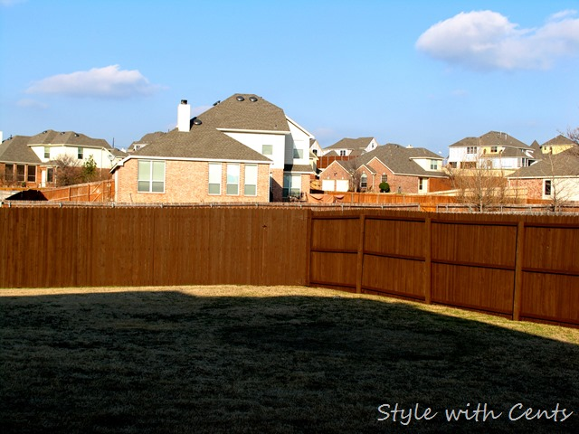 How to stain an old worn out fence for dirt cheap using 'Oops' paint from Home Depot - After