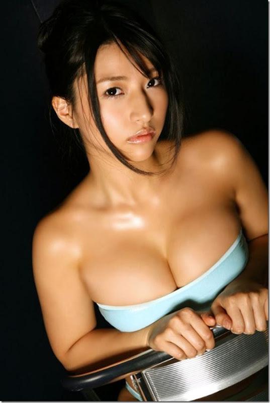Nina Minami (1)