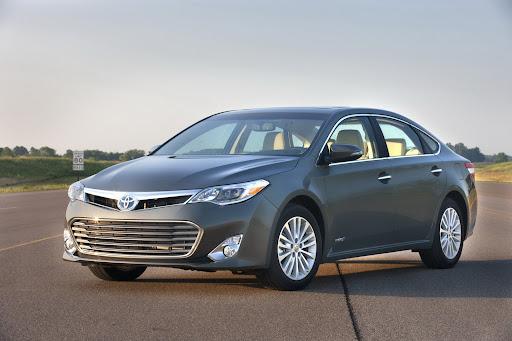 2013-Toyota-Avalon-11.jpg