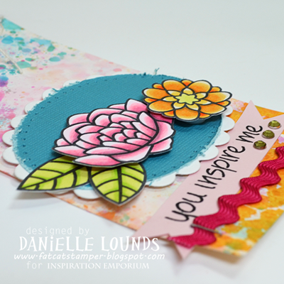 GessoAndSplatTag_WithFlowers_Closeup3_DanielleLounds