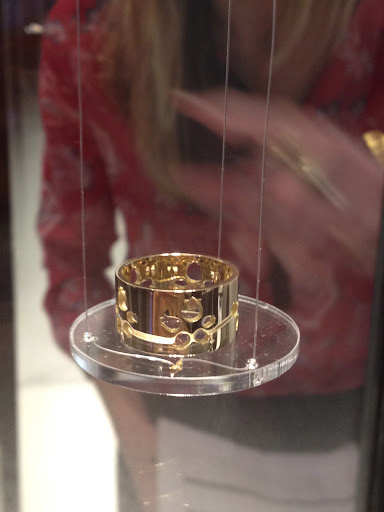 I love thick gold bands like this from Lalique.