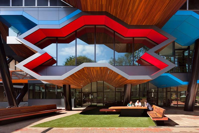 08-la-trobe-por-lyons-architects.jpg