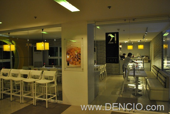 Go Hotels Bacolod Review 02