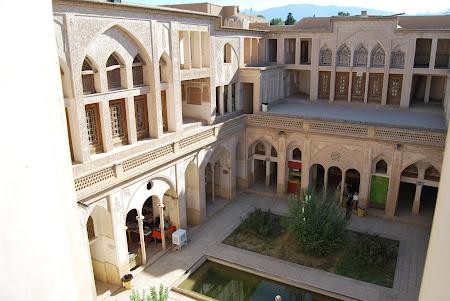 Atractii Iran: Kashan - Casa Borujerdis
