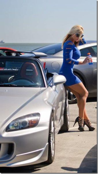 skintight-dresses-wowza-47