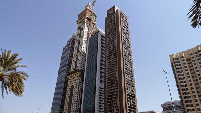 maze-tower-dubai-1