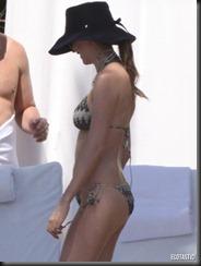 jackie-titone-bikini-miami-03-675x900