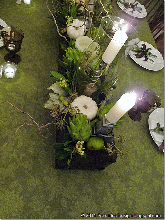 Thanksgiving table 2011 017 (600x800)