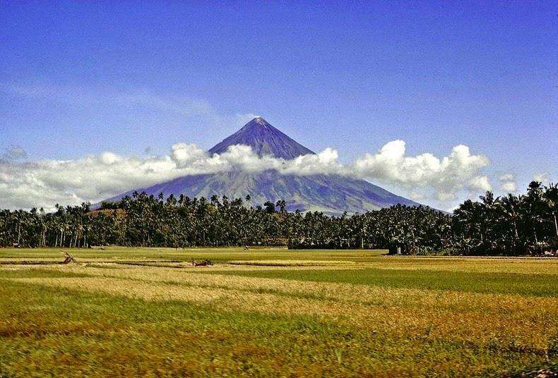 mayon-volcano-2