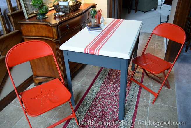 grainsack striped table and chairs