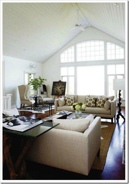 style @ home white & tan