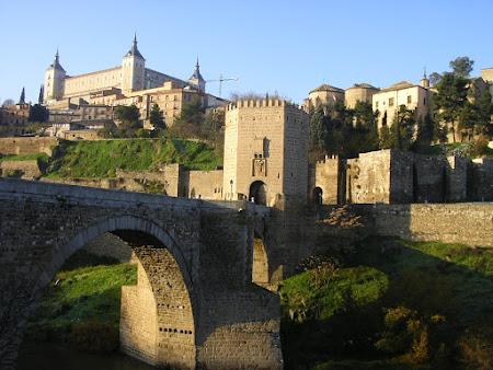 Obiective turistice Spania: intrare cetate Toledo
