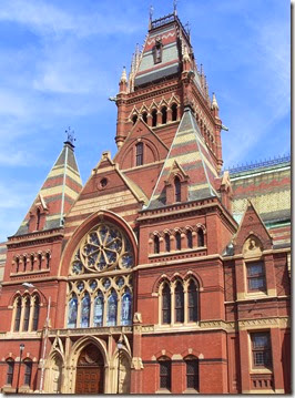 Memorial_Hall_(Harvard_University)_-_facade_view