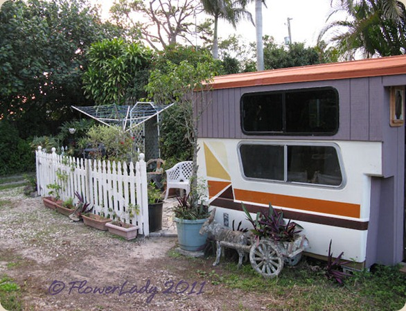 11-13-caravan