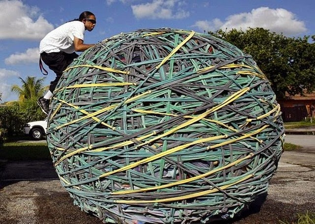 biggest-rubber-band-ball