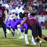John Kanongata&acirc;a sacks UNI quarterback, Tirrell Rennie.