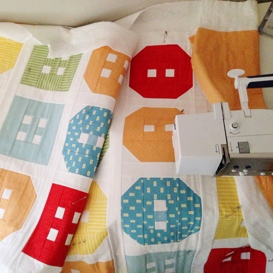 Button Up Crib Quilt, Cluck Cluck Sew