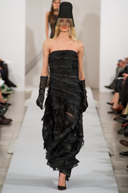 oscar-de-la-renta-galliano-fall-2013-27