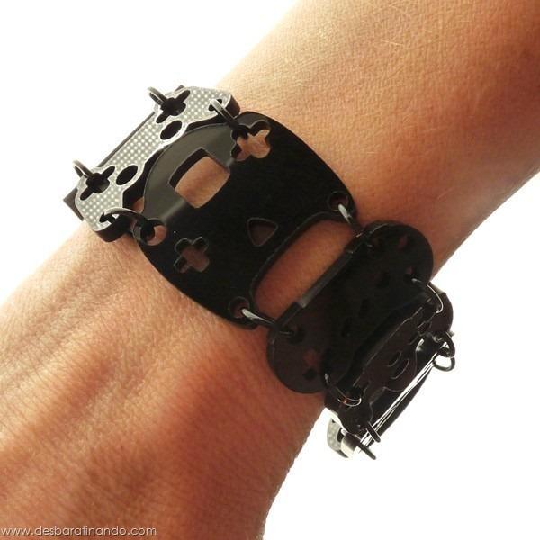 pulseira-braco-video-game-controle-consoles-desbaratinando (1)