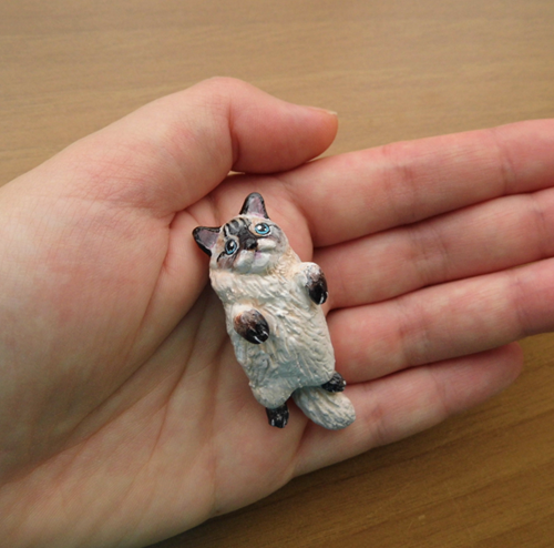 cat figurine4