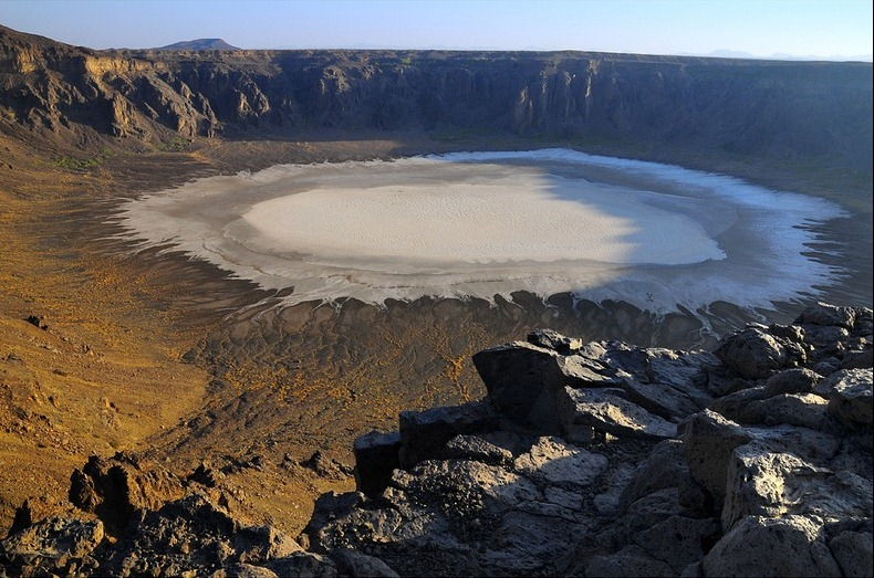 wahba-crater-4