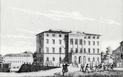 Katedralskolan (Dekanhuset) 1842. Barnen leker på skolgården.