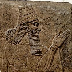 49 - Relieve de Tiglatpilaser III