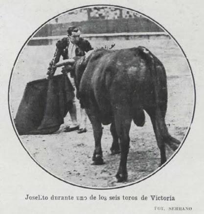 1916-08-09 (p. 14 LL) Vitoria Joselito uno de los toros