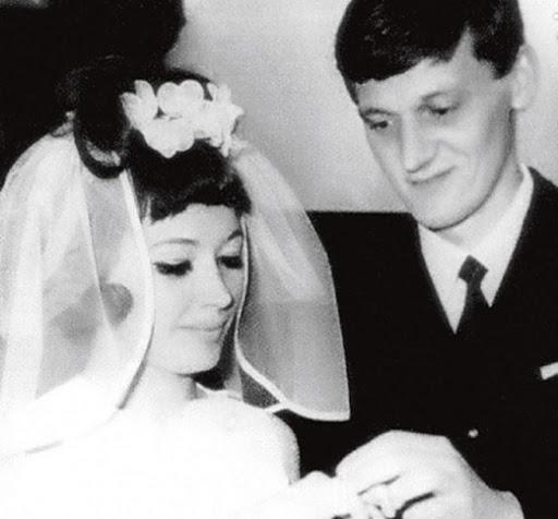 Алла Пугачева и Максим Галкин: фото с венчания