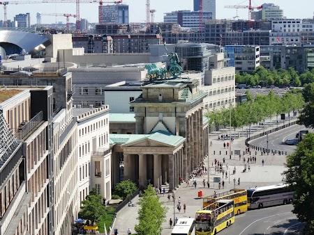 Panorama de pe Bundestag Berlin - Poarta Brandenburg