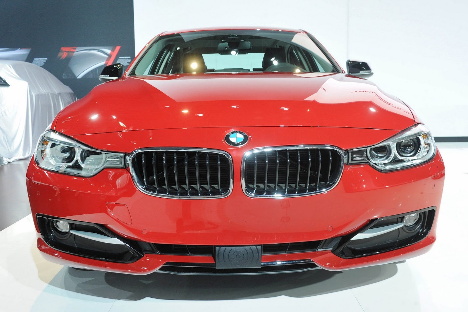 Ny Auto Show New Bmw 328d Is One Of Many Diesel Models