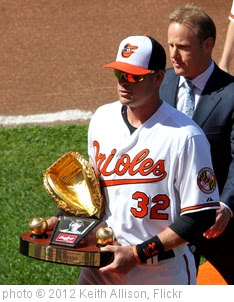 'Matt Wieters Gold Glove Award' photo (c) 2012, Keith Allison - license: https://creativecommons.org/licenses/by-sa/2.0/