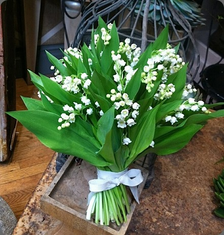 lily of the valley 11897_592676400744665_915760716_n florisity