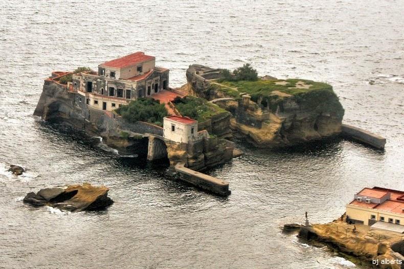 gaiola-island-1