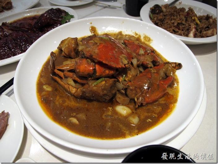 上海八百伴-新旺茶餐廳。招牌咖哩肉蟹,RMB$178。螃蟹的肉質還算新鮮,就是醬汁太濃稠的點。