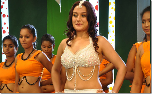 Download Oru Nadigayin Vakku Moolam MP3 Songs Oru Nadigayin Vakku Moolam Tamil Movie MP3 Songs Download