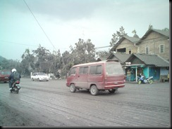 when merapi volcano eruption (2)