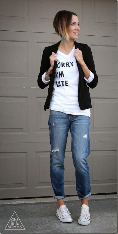 graphic tee + blazer + boyfriend jeans + Converse