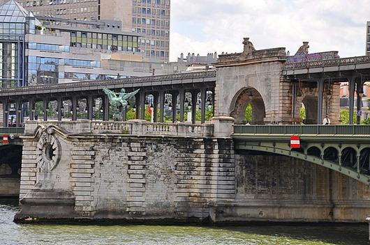Pont_de_Bir-Hakeim_Paris15e_002