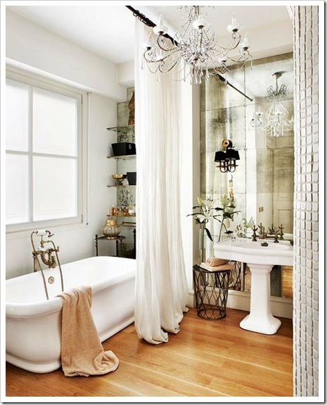 mirrored-walls-bathroom